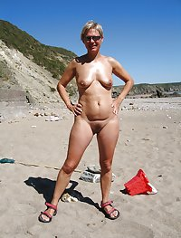 Matures, wives, milfs and grannies 52