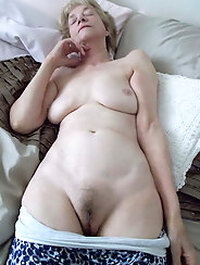 Old Granny Nude